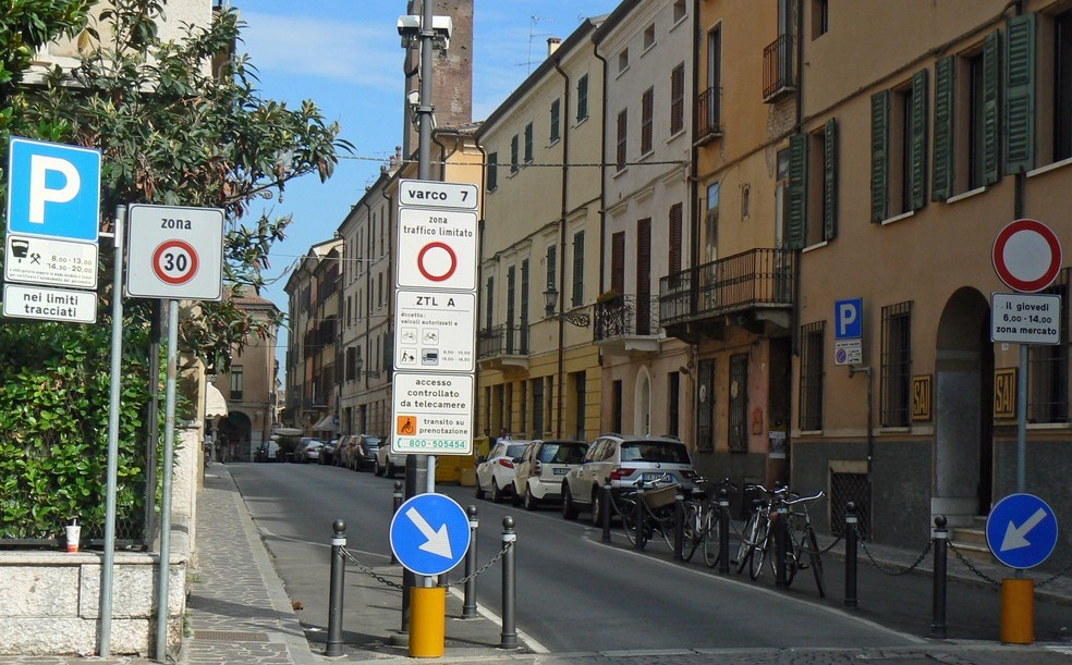 Italy 2014: Limited Traffic Zones in Italy